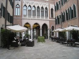 Centurium Palace